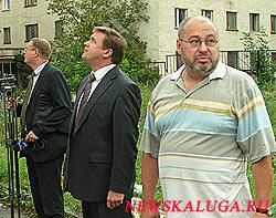 И.о. гороского головы Калуги Николай Любимов возвел очи на крыши школ