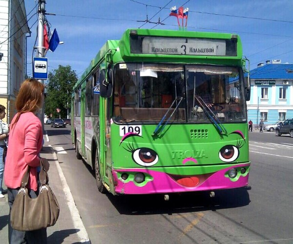 График движения троллейбусов в
