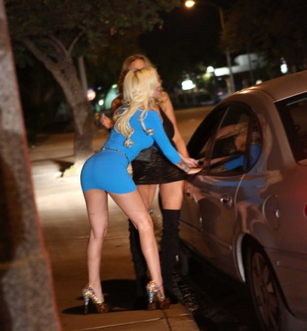 Проститутки работающие на улице в калуге фото 620-693