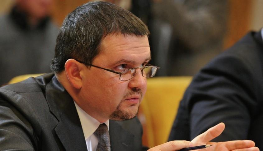 Врио руководителя Нижегородской области нужно заняться вопросами автопрома и вложений денег — специалист