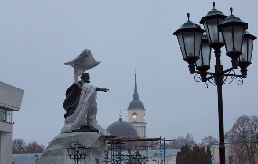 ВКалуге открыли монумент Ивану III