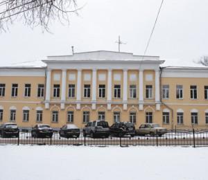 Герои Бородино покоятся уХлюстинской больницы