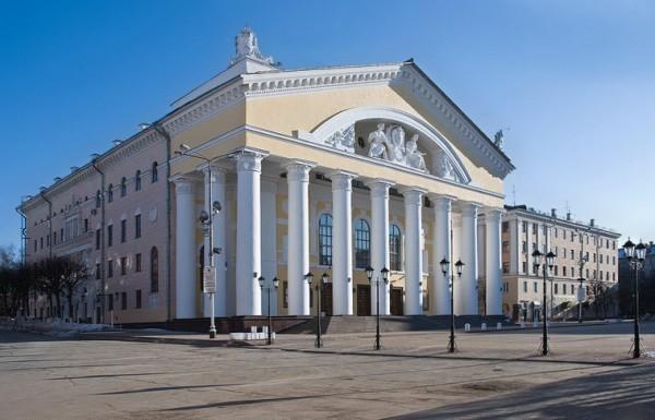 Калуга театр афиша цена билета продай свой билет в театр в москве