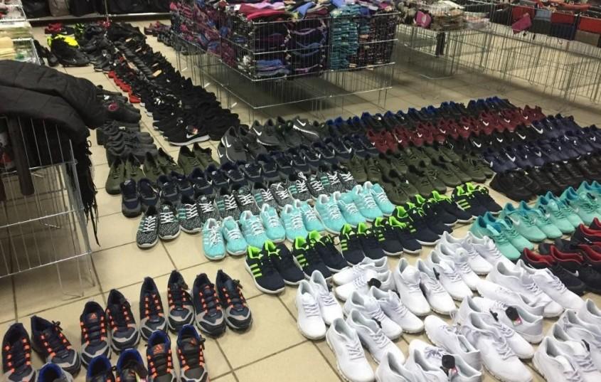 Предприниматель задержан за продажу поддельной обуви