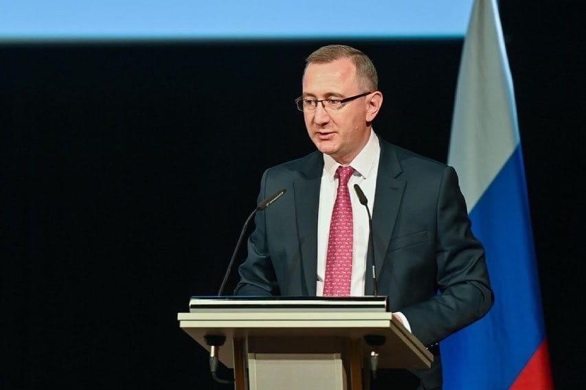Владислав Шапша поздравил с Днем России
