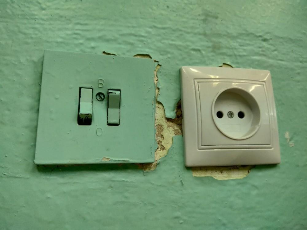 На трех улицах Калуги отключат электричество 19 июля
