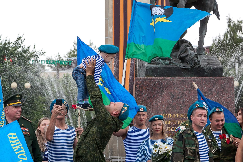 День ВДВ Калуга 2020 год фото