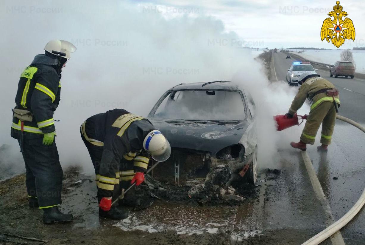 пожар мчс сгорела машина авто дэу 4 марта 2021 года м3 украина калужская область