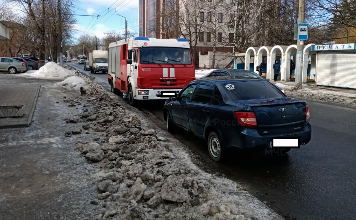 ДТп калуга салтыкова-щедрина лада 03.03.2021