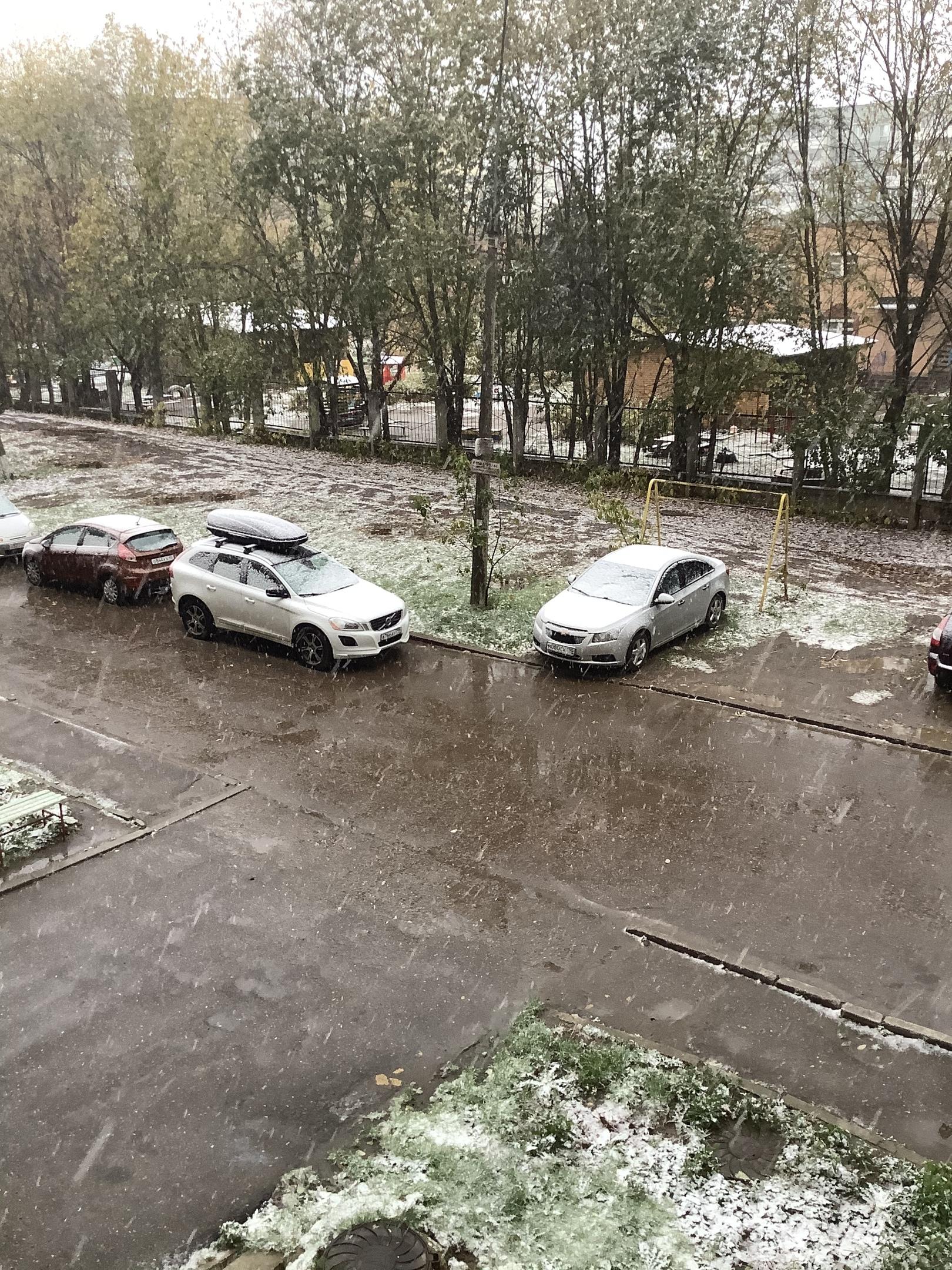 первый снег в Калуге